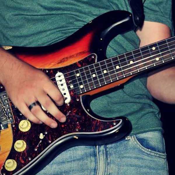 Artis chitarra2 Musica