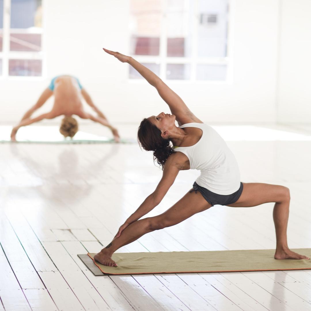 Artis yoga-1 Fitness Yoga e Arti Marziali