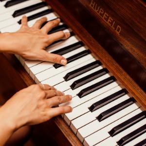 Artis piano Musica